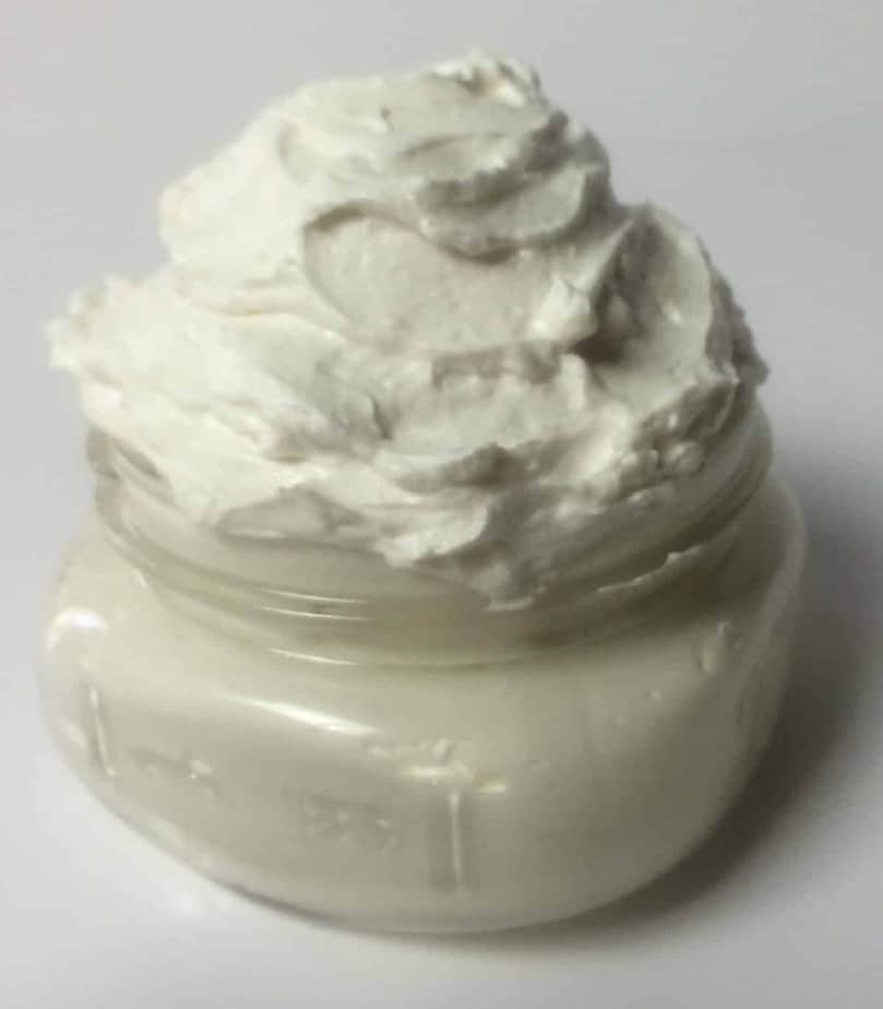 This is THE BEST whipped body butter recipe I've ever used! It's soft, silky, and extremely moisturizing-- and all without being overly greasy. {plus there are lots of recipes for essential oil blends you can add to customize the whipped body butter just how you want it}
