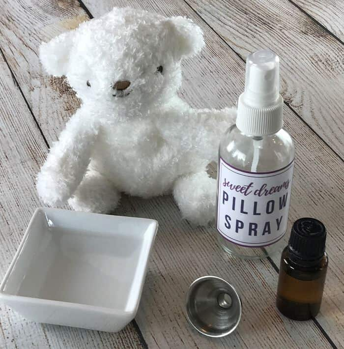 best essential oils for sleep + 12 favorite essential oil sleep spray recipes -- helps fall asleep & stay asleep #essentialoils #essentialoilrecipes #essentialoilsleep #sleepspray #pillowspray #essentialoilsleepspray