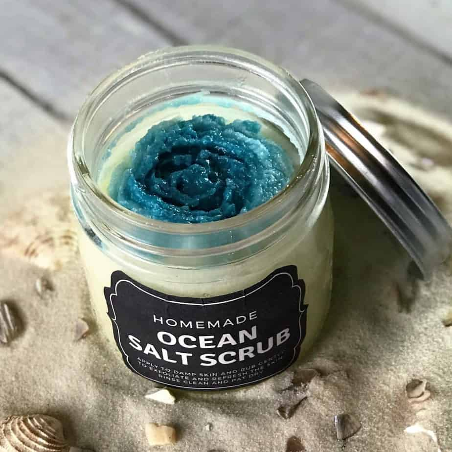Copycat Lush Ocean Salt scrub recipe made with essential oils {homemade salt scrub, DIY, essential oil recipe, diy craft, salt scrub with essential oil, essential oil for skin, doTERRA, Young Living, Plant Therapy}
